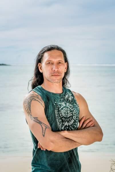 Teheiura : 42 ans 4 participations : Saison 11, Raja Ampat (Indonésie 2011) / La revanche des héros (Cambodge 2012) / La nouvelle édition (Malaisie 2014) / L'île des héros (Fidji 2020)