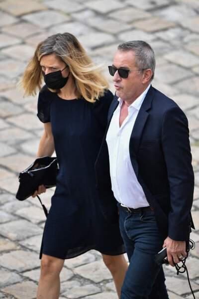 Christophe Dechavanne, de son côté, était au bras de sa compagne Elena Foïs