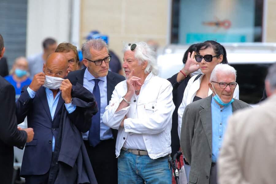 Obsèques de Jean-Paul Belmondo  : Hugues Aufray