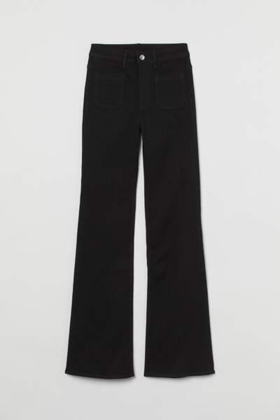 Jean flare noir, H&M, 19,99€
