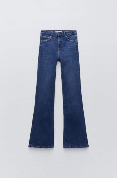 Jean skinny flare, Zara, 39,95€