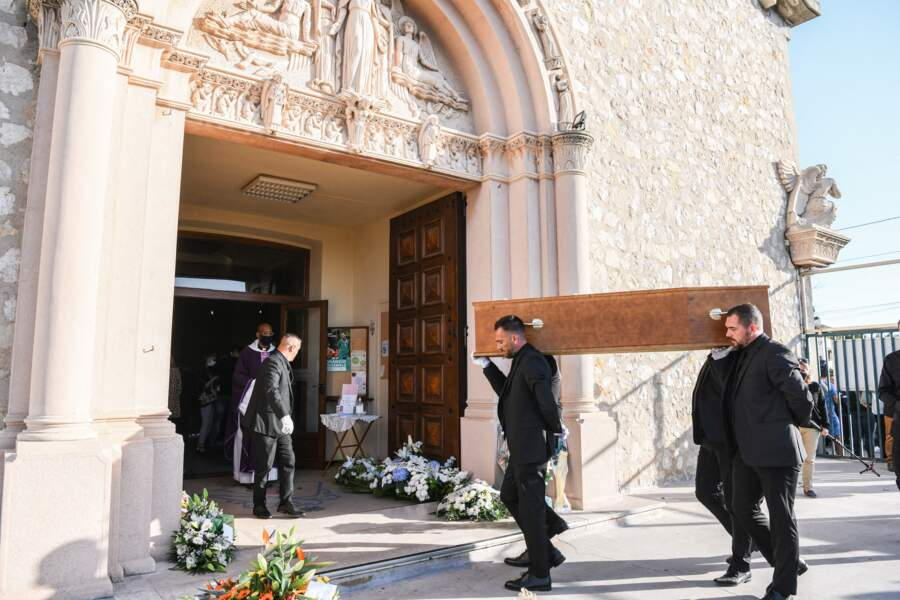 Les obsèques de René Malleville se sont déroulées vendredi 24 septembre 2021 à la paroisse Saint-Mitre, dans le 13e arrondissement de Marseille