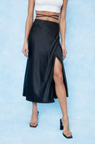 Jupe portefeuille taille haute, Nasty Gal, 30€