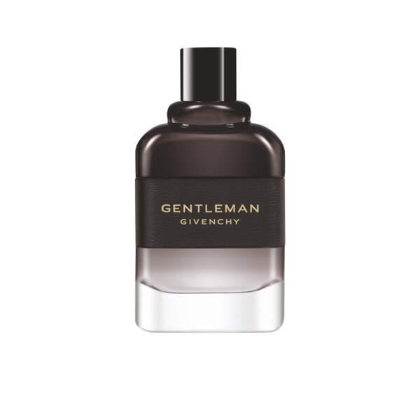 Prix de la Meilleure Fragrance Masculine décerné par les Professionnels pour la Parfumerie Sélective : Gentleman Givenchy Eau de Parfum Boisée de Givenchy .