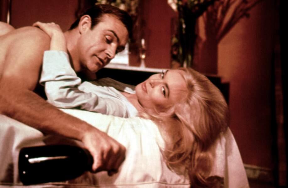 Shirley Eaton dans Goldfinger